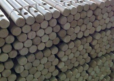 Bâtons ronds en bois avec possibilité de chanfreins et perçages Bwood.17